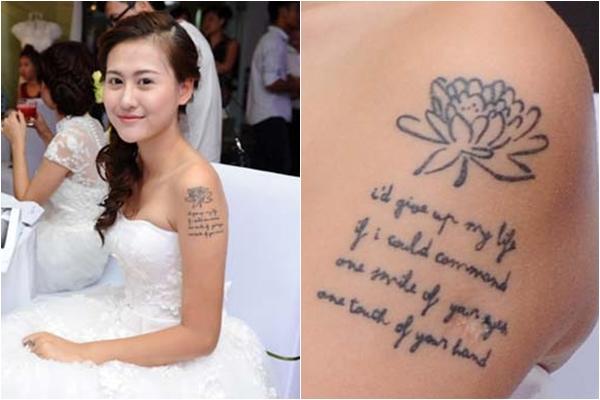 Hot girl sinh năm 1994 này xăm bông hoa cúc cùng dòng chữ