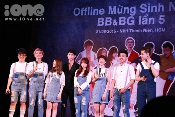 Tối ngày 21/8, nhóm hài BB&BG tổ chức offline fan tại TP HCM nhân kỷ niệm lần sinh nhật lần thứ 5 của nhóm. Đây cũng là dịp để nhóm BB&BG gửi lời cảm ơn tới các fan trong suốt thời gian qua đã luôn ủng hộ nhóm hết mình.