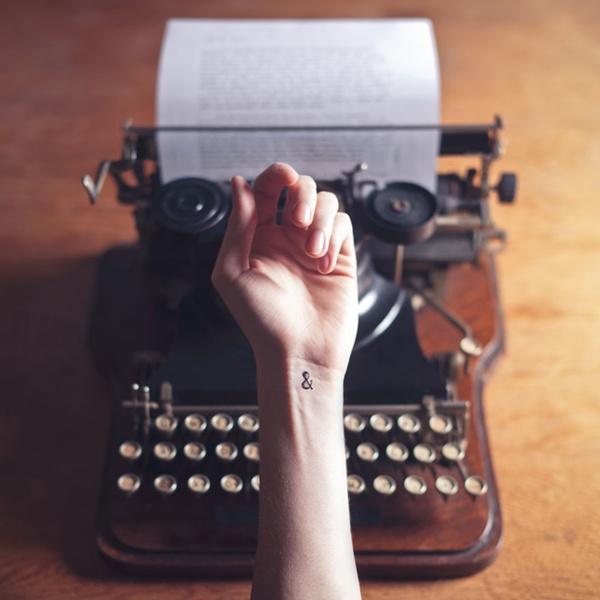 """Ký tự """"&"""" dành cho những nàng yêu các điều xưa cũ."""