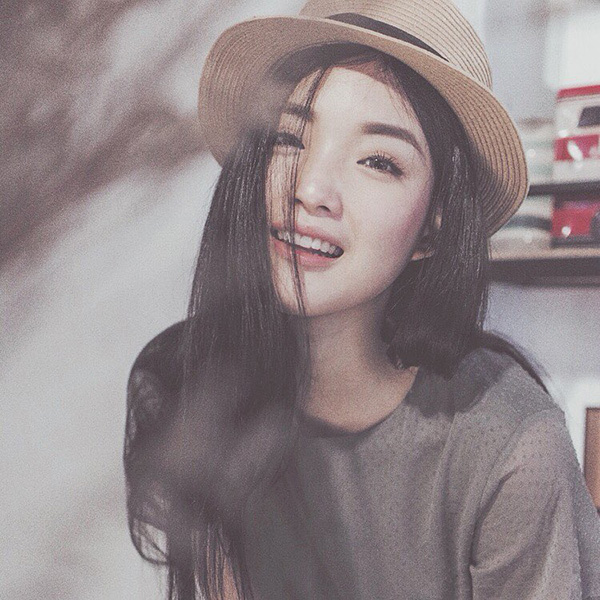 Cham soc sac dep mascara hotgirl thai lan