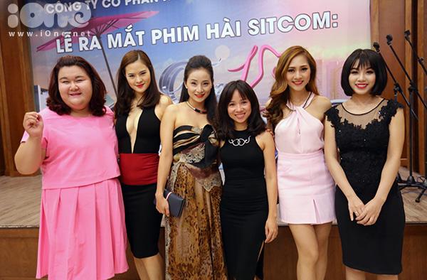 linh-miu-sitcom-tang-18-cong-7-7190-1866