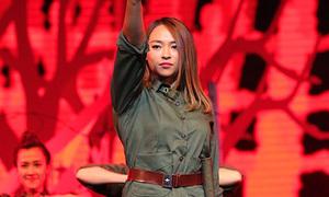 Kimmese làm cô dân quân remix nhạc cách mạng