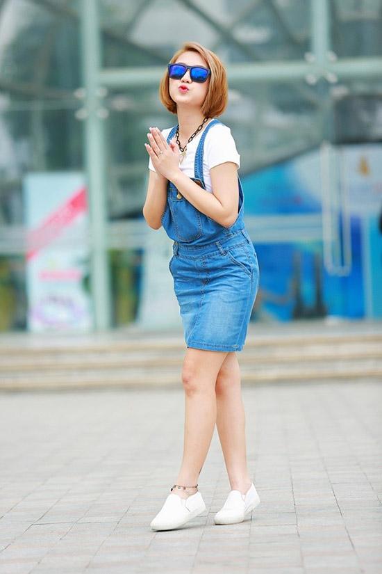 hot-girl-dien-vay-yem-11-2154-1440818661
