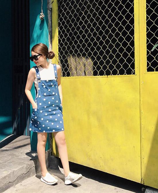 hot-girl-dien-vay-yem-3-5912-1440818659.