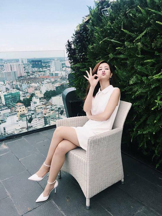 ngoc-trinh-photoshop-qua-da-tr-1129-2660