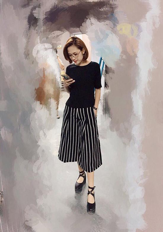 ngoc-trinh-photoshop-qua-da-tr-5781-2241