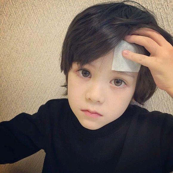 pretty-little-boy-17-9417-1441082943.jpg
