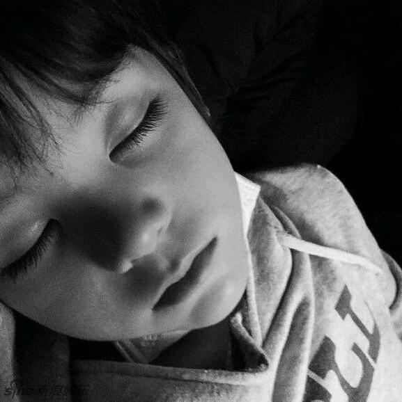 pretty-little-boy-2-1695-1441082944.jpg