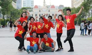 Thanh niên Đông Nam Á làm MV 'Tôi yêu Việt Nam' mừng 2/9