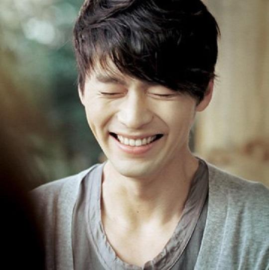 Hyun-bn-smile-5550-1441358800.jpg