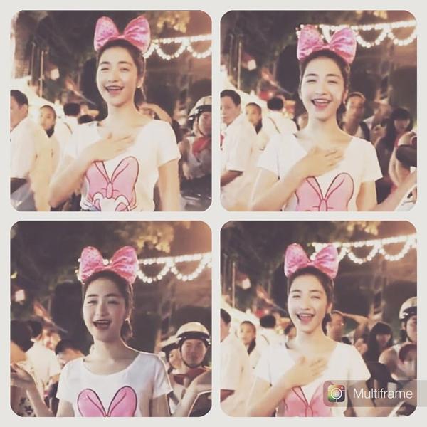 Hòa Minzy đeo nơ hồng