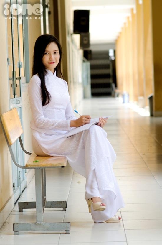Hot-girl-THPT-Tay-Thanh-Bao-Nh-9414-4009