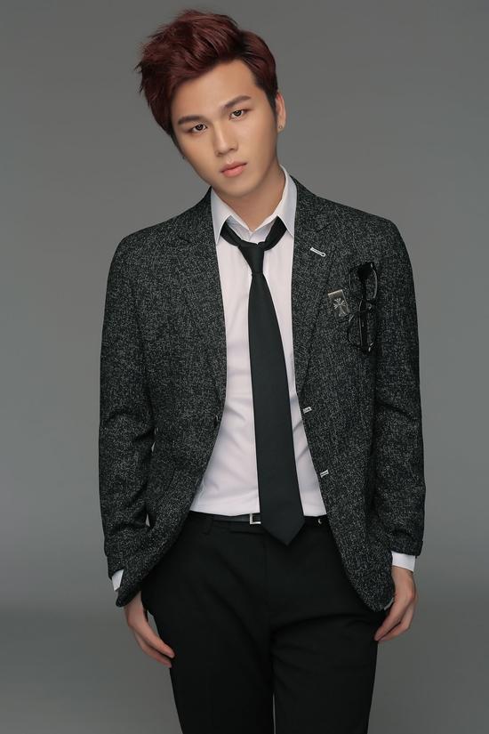 Nam ca sĩ trẻ đến từ Hàn Quốc có tên TY (Kang Teayang). TY hiện đang thuộc công ty quản lý của nhà sản xuất Ray Halm, người từng làm việc với Rain, SuJu, SS501 và f(x)&