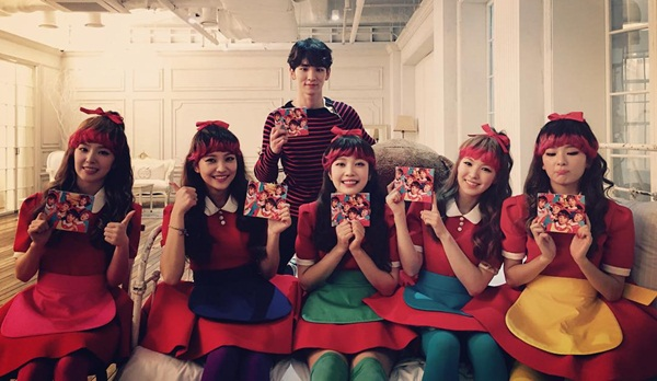 key-redvelvet-dumb-1196-1441768082.jpg
