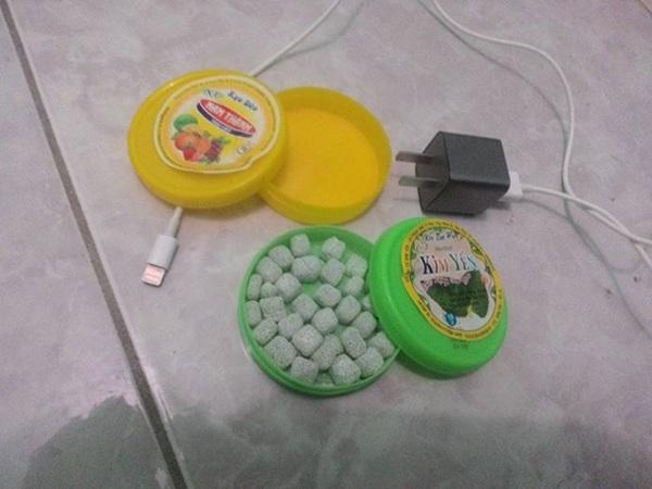 Theo nhiều bạn, hộp kẹo này vẫn còn được bán khá rộng rãi ở một số shop gần các trường tiểu học tại Hà Nội.