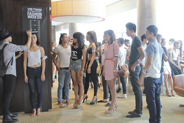 casting-nguoi-mau-vietnam-inte-4926-8718