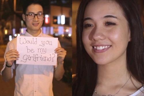 Đến ngày Valentine Trắng sau đó, JV viết giấy tỏ tình với Mie bằng clip ngọt càng khiến nhiều người ghen tỵ hơn.