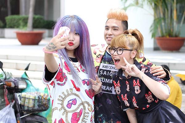 Tham gia góp mặt trong MV còn có ca sĩ trẻ Trương Thảo Nhi, nhạc sĩ Bảo Kun.