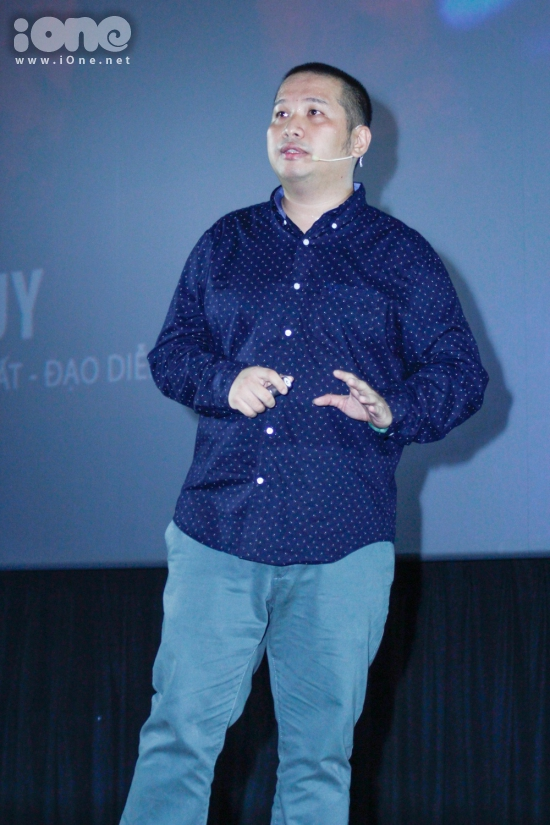 Nhạc sĩ Quang Huy đặt hết tâm huyết của mình vào trong live show của gà cưng.