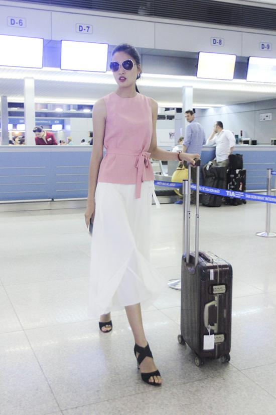 Sự lột xác gần đây của Chà Mi khiến khán giả bất ngờ và cũng mang tâm trạng đầy tự hào khi nền thời trang Việt Nam lại có một người mẫu đầy triển vọng góp tiếng nói chung cùng xây dựng cho sự phát triển của nghề người mẫu Việt Nam trên thế giới.