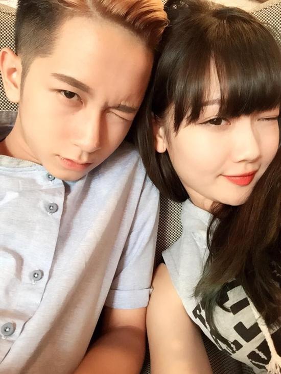 Trong một chương trình giao lưu trực tuyến với fan, Dương idol khẳng định giữa mình và Hường Hana chỉ là chị em thân thiết. Vì hợp tính cách nên chơi thân