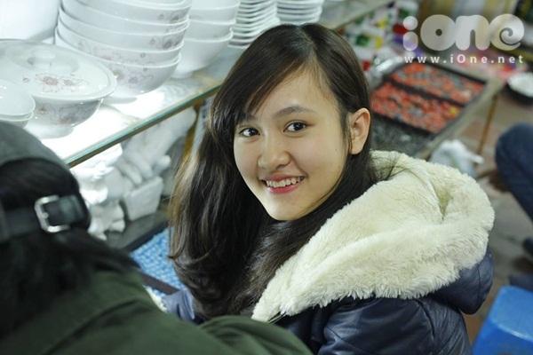 Mình là Mỹ Linh, hiện là sinh viên năm nhất tinh nghịch ĐH Thương mại Hà Nội.