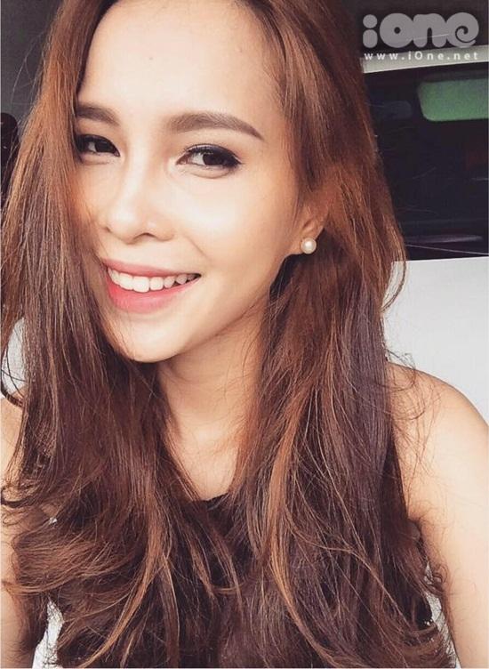 Mình từng đạt giải Hoa khôi THPT Trần Hưng Đạo , Top 5 nữ sinh tài năng quận Gò Vấp.