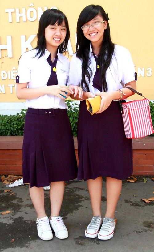 Nhắc đến đồng phục của teen THPT Nguyễn Thị Minh Khai là nhắc đến bộ đồng phục tím