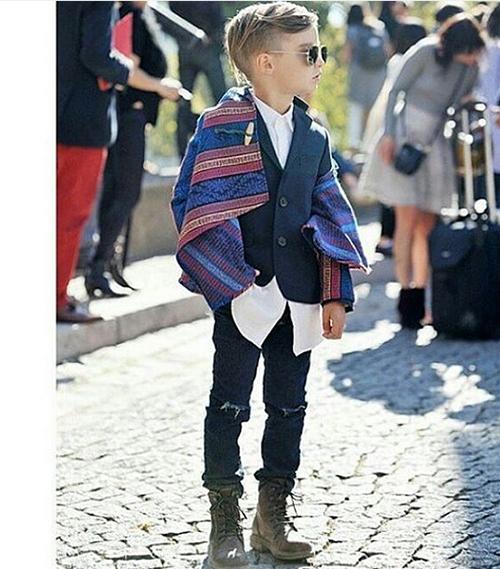 alonso-mateo-paris-fashion-wee-1225-4476