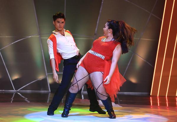 game-show-buoc-nhay-ngan-can-1-8413-2697