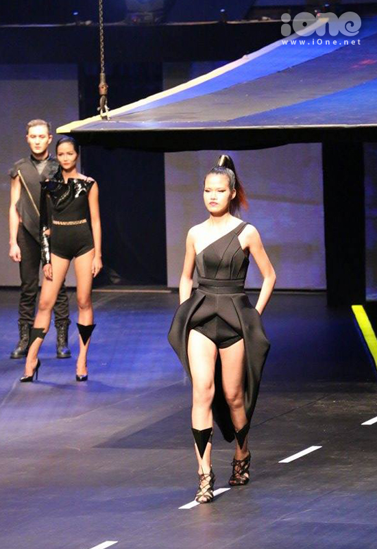 hinh-anh-dem-chung-ket-vietnams-next-top-model-2015-1