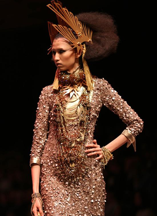 huong-ly-do-tai-catwalk-voi-cac-doi-thu-tai-next-top-model-3