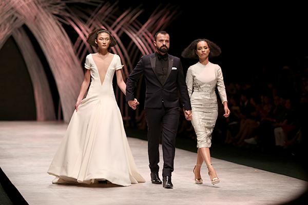 huong-ly-do-tai-catwalk-voi-cac-doi-thu-tai-next-top-model-7