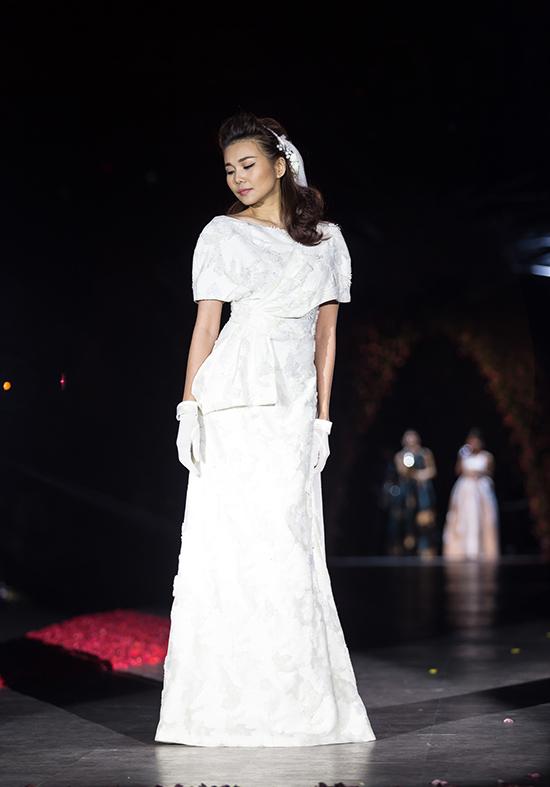 huong-ly-do-tai-catwalk-voi-cac-doi-thu-tai-next-top-model-10