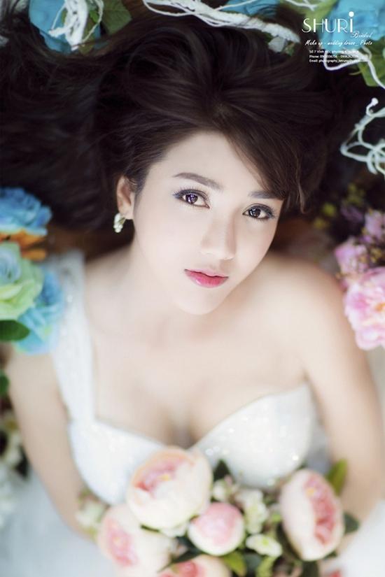 Linh Napie từng đóng vai người tình trong các MV của các ca sĩ như Lý Hải, Quang Hà, Đăng Khôi, Hồ Quang Hiếu, Chi Dân