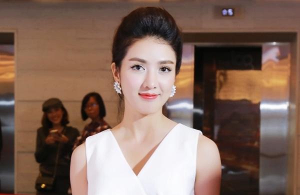 Linh-Napie-bat-ngo-xuat-hien-t-3680-8937