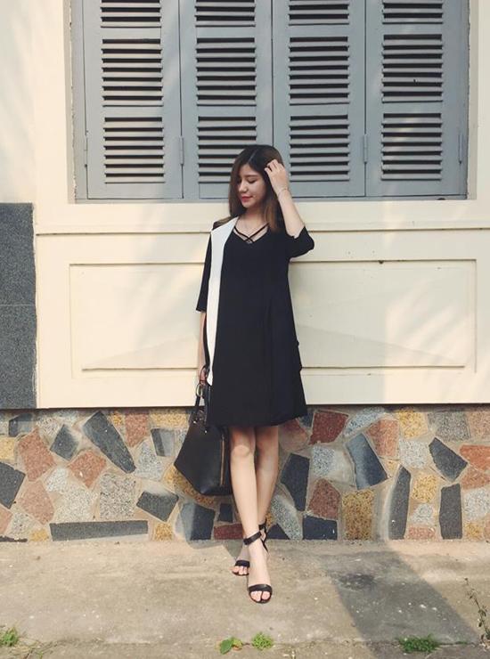 style-long-lanh-ngam-hoai-khong-chan-cua-sao-hot-girl-tuan-qua