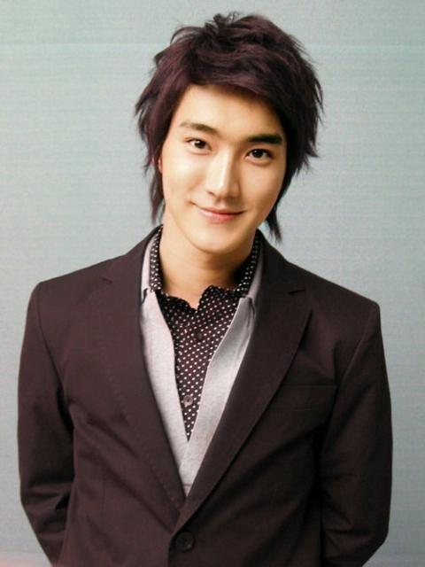 choi-siwon-04-8277-1445501245.jpg