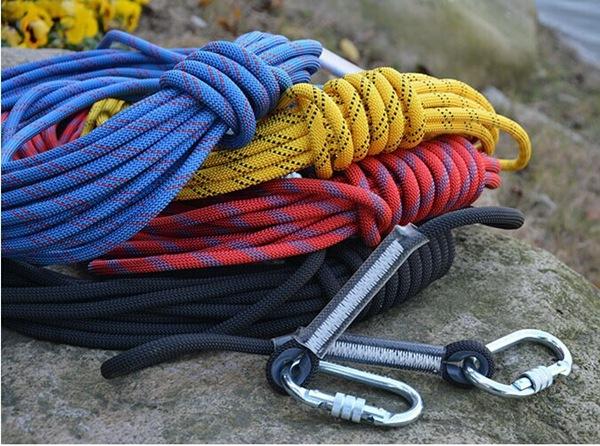 Những cuộn dây thừng cứu hộ sẽ giúp ích rất nhiều cho bạn trong các trường hợp nguy cấp. Ảnh: Aliimage.
