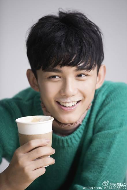 Ngô Lỗi - mỹ nam 16 tuổi đắt show của màn ảnh Trung Quốc