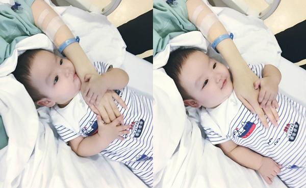 Con trai Tâm Tít đáng yêu khi thăm bệnh mẹ. Ảnh: FBNV.