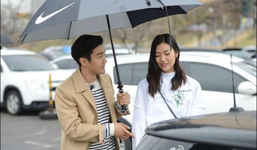 Siwon-hen-ho-showbiz247net002-2458-14468