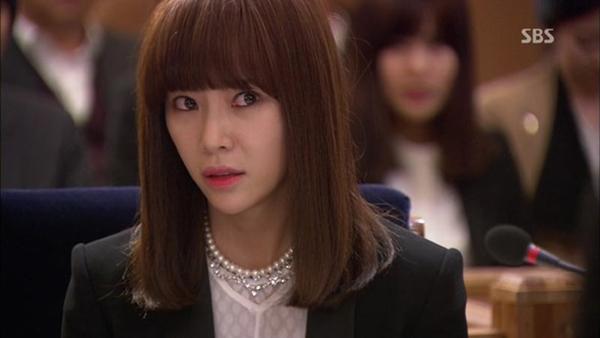 4-kieu-toc-ngan-xinh-yeu-trong-phim-cua-hwang-jung-eum-8