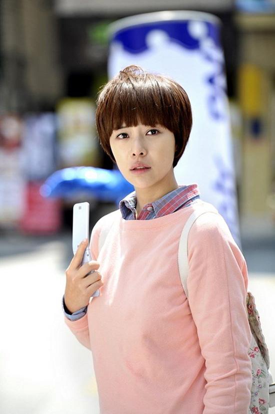 4-kieu-toc-ngan-xinh-yeu-trong-phim-cua-hwang-jung-eum-9