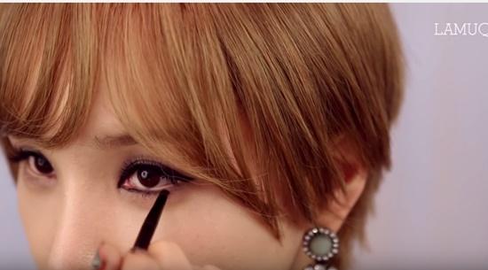 clip-trang-diem-kieu-hien-dai-sang-chanh-giong-min-ha-ri-3