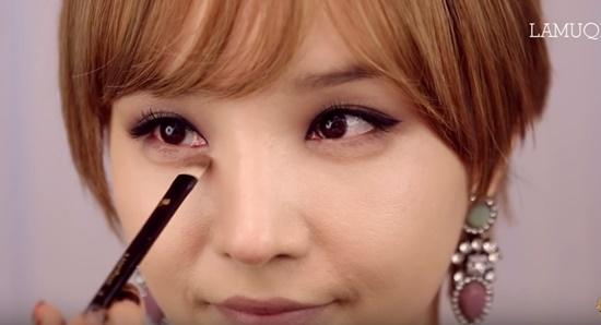 clip-trang-diem-kieu-hien-dai-sang-chanh-giong-min-ha-ri-2