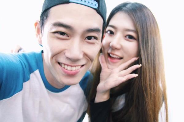 Những mối tình yêu xa luôn được ngưỡng mộ và chuyện tình của chàng trai Li Seok và bạn gái Shin Dan Bi không phải là ngoại lệ.