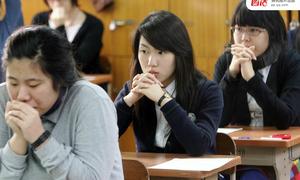 Toàn bộ máy bay ngừng cất cánh để học sinh Hàn thi đại học