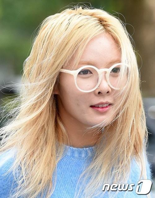 Khác biệt giữa làn da trong ảnh selfie - da thật của sao nữ Hàn