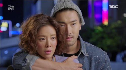 nhung-canh-om-dang-sau-lang-man-trong-phim-han-2015-1